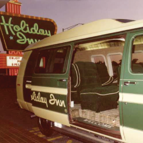 old-holiday-inn-sully-van-thumbnail